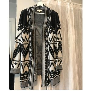 Cozy patterned cardigan